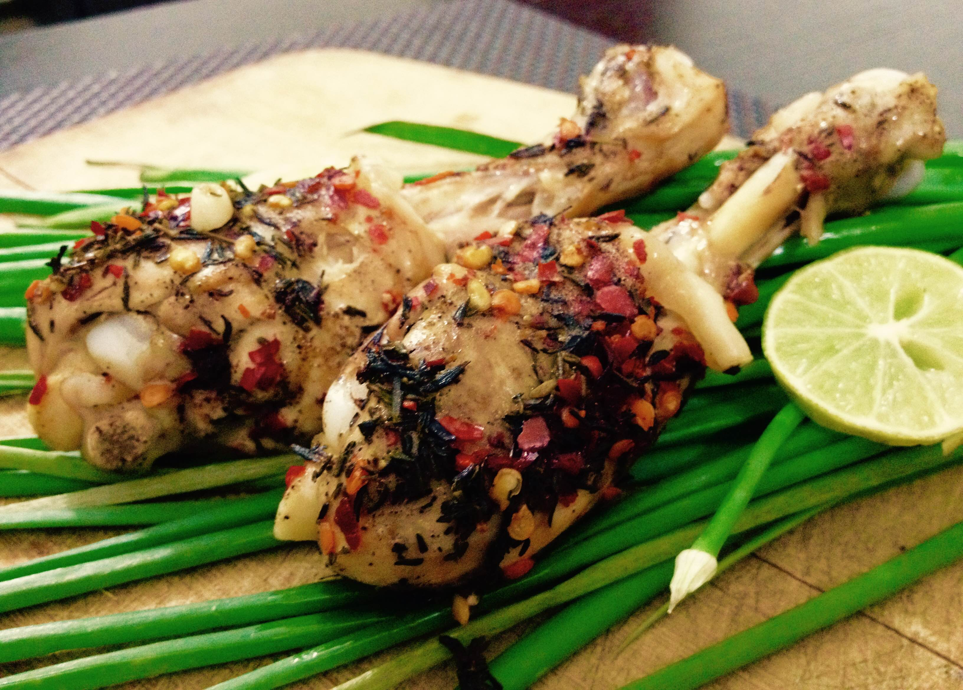 Thyme Chilli Flakes Chicken – Steamed & Grilled